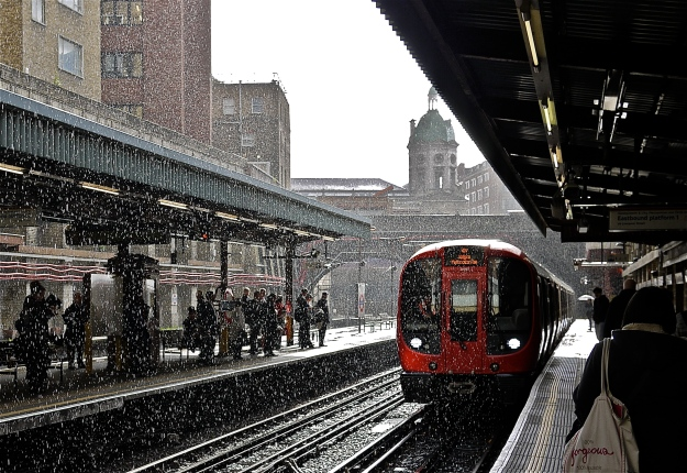 Barbican Tube Station (Thunderstorm)